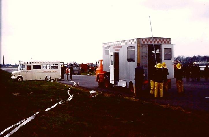 GMC Ford D semi trailer CU