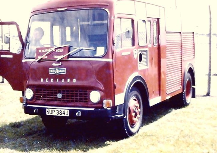 KUP384J  Bedford TK/HCBA WrE Durham