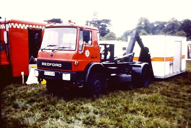 NTO886W Bedford TL demountable