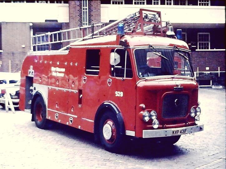 KVP431F Dennis F36 W Midlands WrL