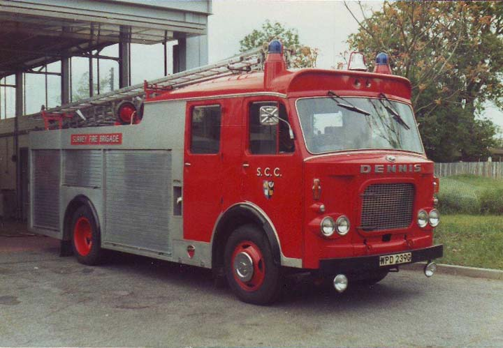 Dennis F44 Surrey Fire Brigade (Cranleigh)