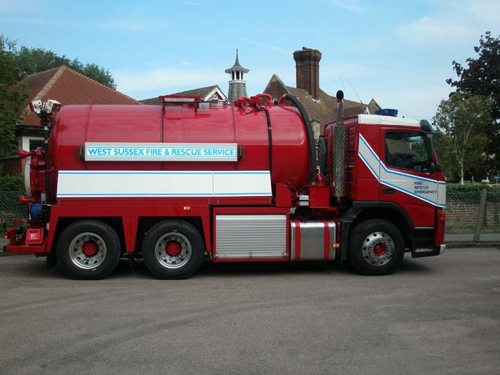 West sussex FRS Volvo Watercarrier
