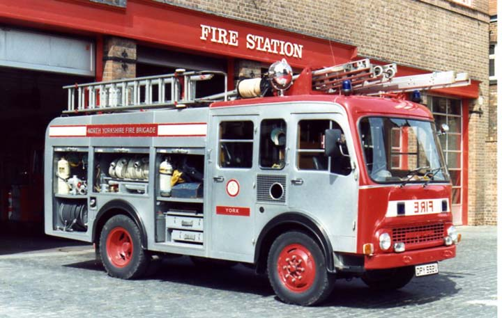 Bedford Water Ladder North Yorshire Fire brigade