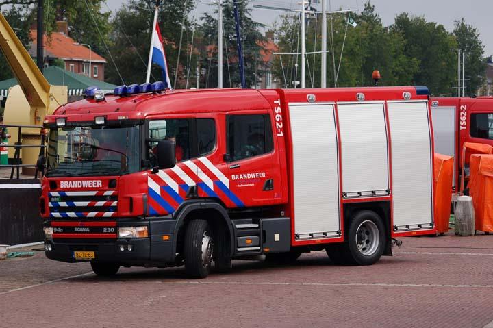 Brandweer Hellevoetsluis Scania Watertender