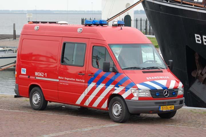 Brandweer Hellevoetsluis Divers Unit Mercedes