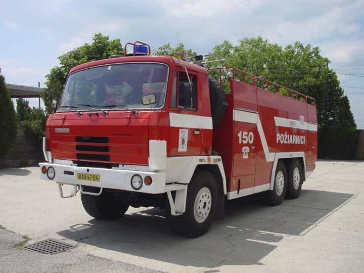 TATRA 815 6x6 CAS-32 foam tender