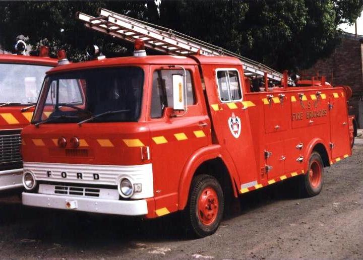Australia NSW Fire brigade Ford D200