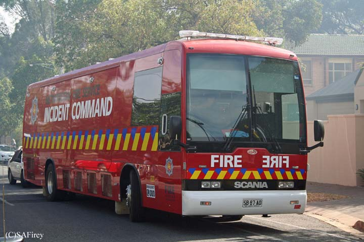 SAMFS HQ2090 New Incident Command Bus