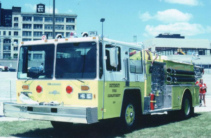 Grumman-Hendrickson Fire Truck Detroit FD