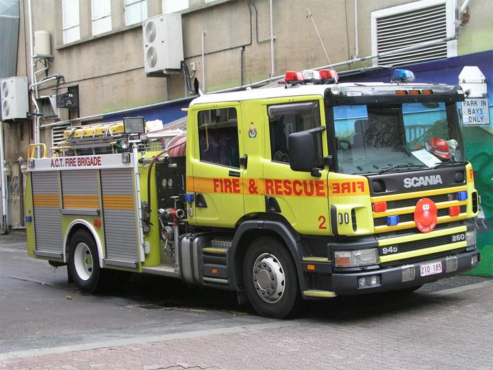 A.C.T. Fire Brigade Bravo 2, Scania P94D pump