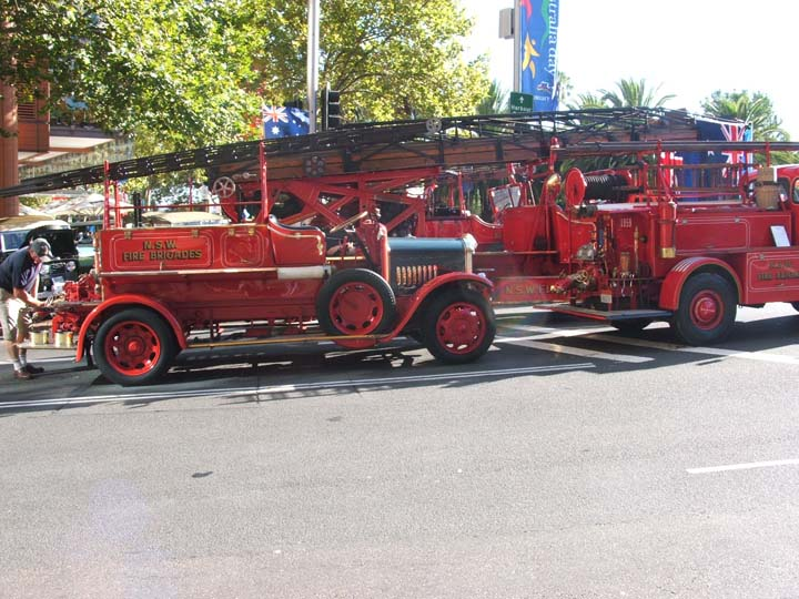Old Timer Fire engine on Australia Day