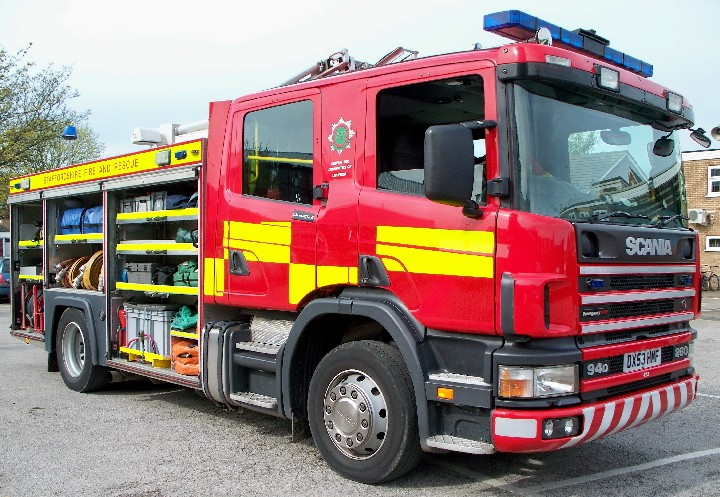 STAFFORDSHIRE SCANIA  RESCUE LADDER