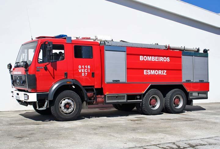 Bombeiros Voluntarios Esmoriz Mercedes 2629