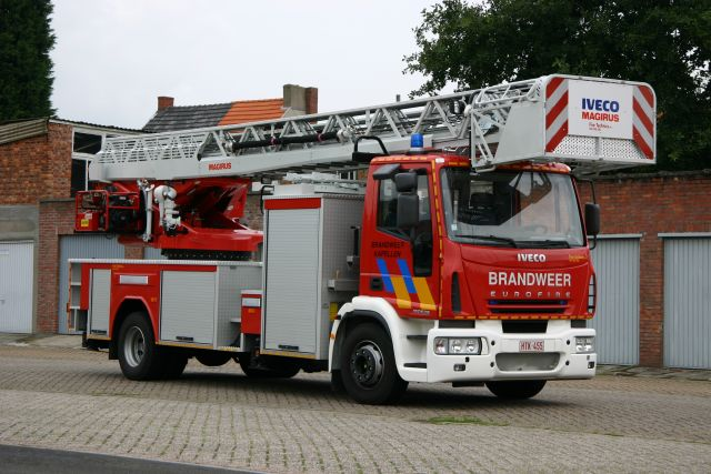 Brandweer Kapellen Iveco Turntable ladder