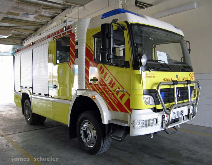 Dubai Civil Defence Mercedes Benz 1628