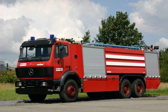 Works Fire brigade Oiltanking Antwerpen Mercedes