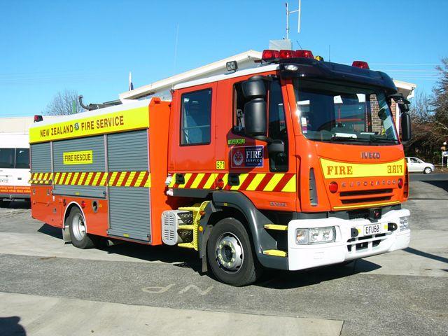 New Zealand Fire service Iveco Waiuku 571
