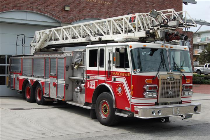 Vancouver Fire Rescue Service Ladder 3