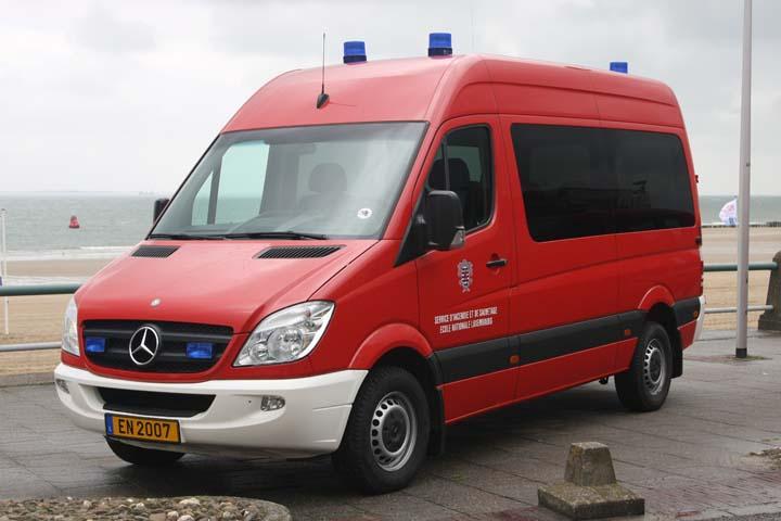 Fire engines photos mercedes benz sprinter fire brigade for Mercedes benz sprinter engine