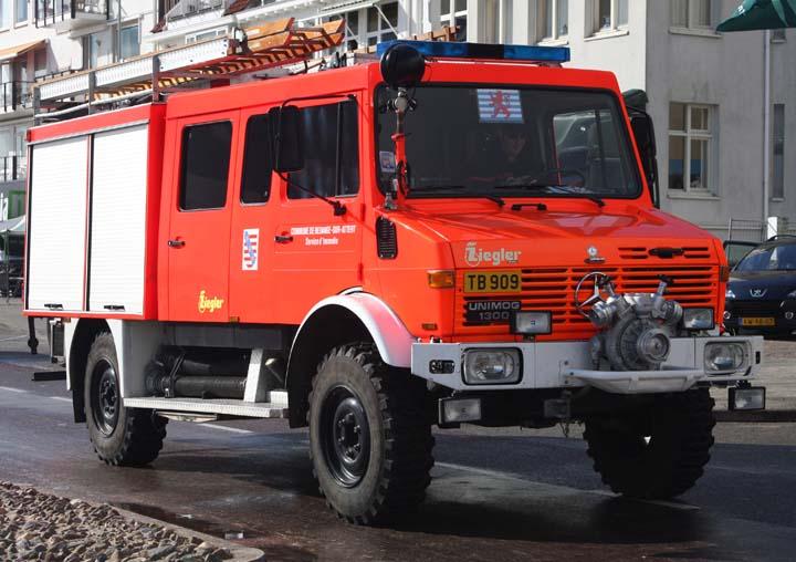 Fire engines photos mercedes benz unimog redange luxembourg for Mercedes benz luxembourg